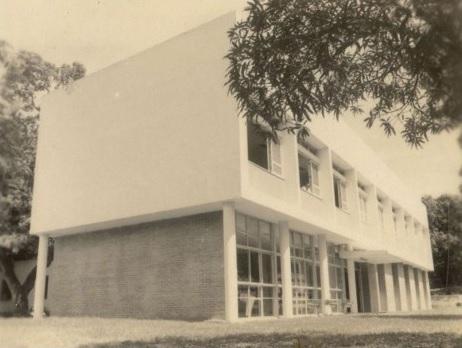 Foto da lateral da PREX 1961