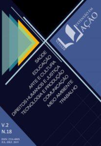 Capa do Volume 2, Edição 18, da Revista Extensão em Ação. A arte tem fundo azul marinho mesclado com triângulos em tons mais claros de azul e amarelo. Tem também a lista das oito áreas temáticas de Extensão.